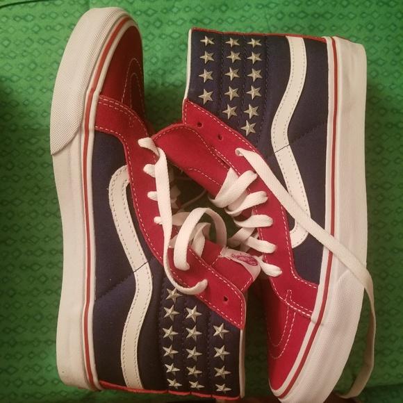 cd4c6aa885 Vans Sk8-Hi Slim Studded Star Shoes. M 5c3427f52e1478aba20acb17